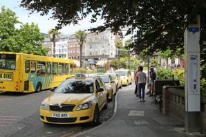 Taxi drivers: council needs to crackdown on rogue cabbies ruining our trade