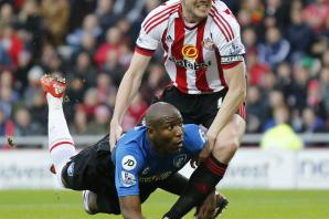 AFC Bournemouth: Howe wants Afobe to treat Arsenal 'like any other game'
