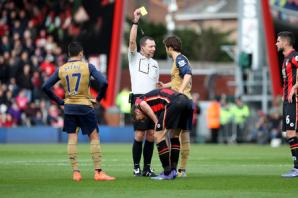 AFC Bournemouth boss Eddie Howe told: Mathieu Flamini should have been sent off